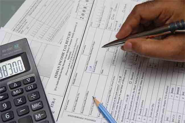 नोटबंदी में जमा कराया है 2 लाख या उससे ज्यादा पैसा तो ITR में देना होगा ब्यौारा