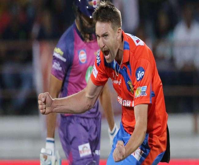 सुरेश रैना को लगा भारी  झटका, आइपीएल 10 की पहली हैट्रिक लेने वाला ये खिलाड़ी हुआ बाहर :