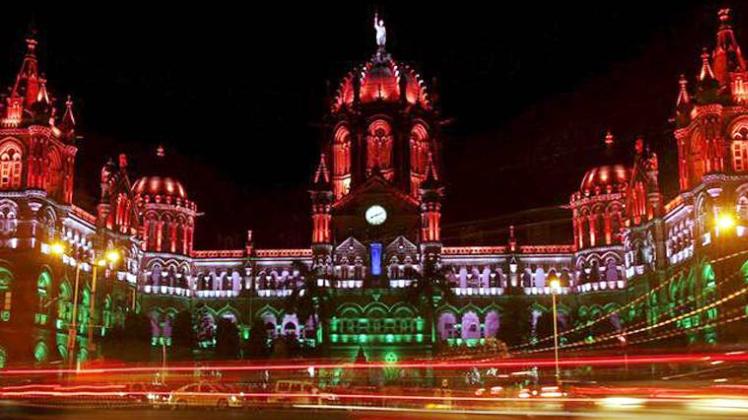 देश के 20 स्टेशनों को निजी कंपनियों को नीलाम करने की तैयारी में रेलवे, 28 जून तक लगा सकेंगे ऑनलाइन बोली :