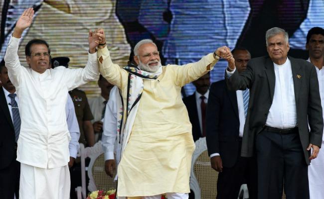 """श्रीलंका : प्रधानमंत्री ने चाय बेचने के अपने दिनों का संदर्भ देते हुए कहा, ''आपमें और मुझमें कुछ समान है"""""""