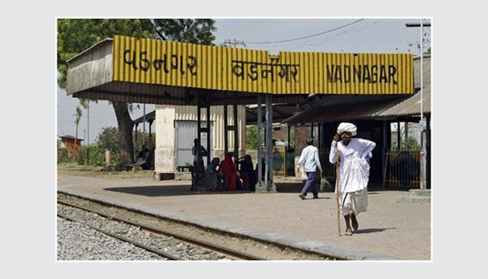 वडनगर रेलवे स्टेशन के भी आएंगे अच्छे दिन जहां पर कभी PM ने बेची थी चाय :