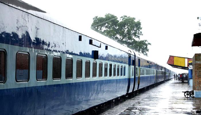 ट्रेनों का  बढ़ सकता है बेसिक किराया क्योकि खत्म हो जायेंगे AC-2 कोच :