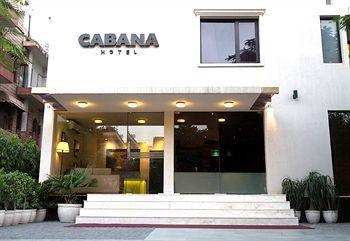 Front Cabana 33