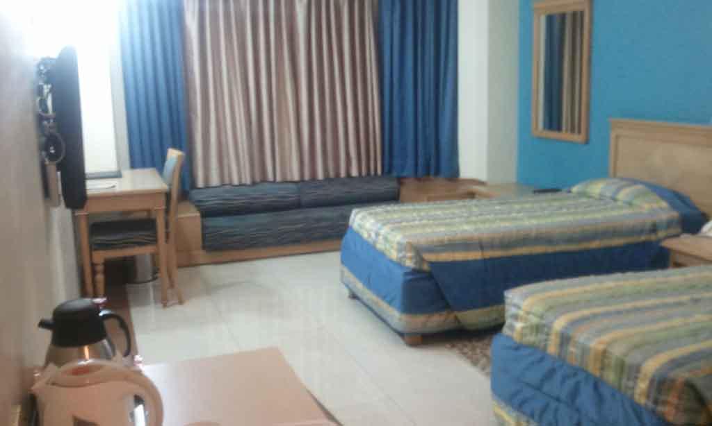 Deluxe Room 59