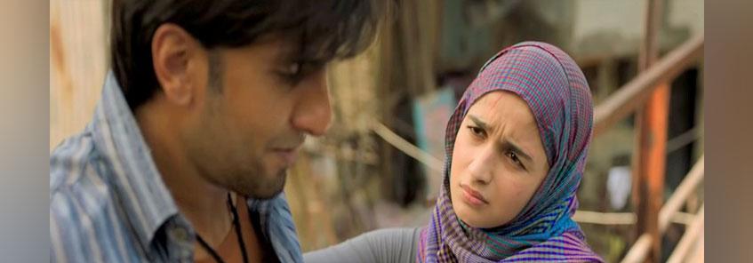 Gully Boy Movie Review: रणवीर सिंह-आलिया भट्ट की