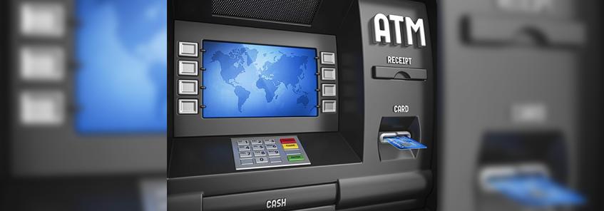 ATM से पैसे निकालने और ऑनलाइन ट्रांजेक्शन करने वालों के लिए बड़ी खबर, RBI ने बदला ये नियम