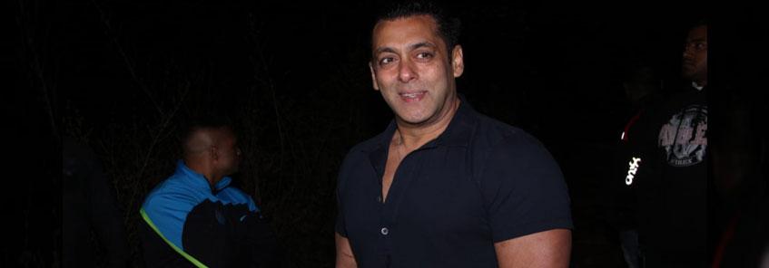Salman Khan Birthday: जानिए  कौन-कौन सेलेब्स दबंग खान के बर्थडे सेलिब्रेशन में पहुंचे?